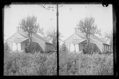 Daniel Berry Austin (American, born 1863, active 1899-1909). L. Eldert House, Rear, Eldert Lane near Atlantic Avenue, Brooklyn, ca. 1907. Gelatin silver glass dry plate negative Brooklyn Museum, Brooklyn Museum/Brooklyn Public Library, Brooklyn Collection, 1996.164.1-17