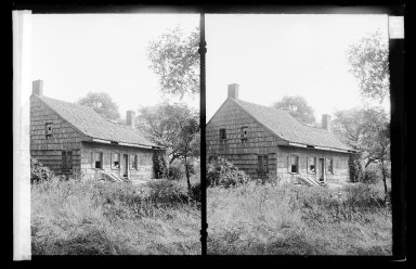Daniel Berry Austin (American, born 1863, active 1899-1909). Farm, Looking West, Old South Country Road, East of Jewish Cemetery, Brooklyn, ca. 1907. Gelatin silver glass dry plate negative Brooklyn Museum, Brooklyn Museum/Brooklyn Public Library, Brooklyn Collection, 1996.164.1-19a