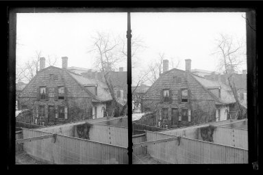 Daniel Berry Austin (American, born 1863, active 1899-1909). Rem Lefferts House, Fulton Street opposite Arlington Place near Bedford, Brooklyn, ca. 1899-1909. Gelatin silver glass dry plate negative, 4 1/4 x 6 1/2 in. (10.8 x 16.5 cm). Brooklyn Museum, Brooklyn Museum/Brooklyn Public Library, Brooklyn Collection, 1996.164.1-1