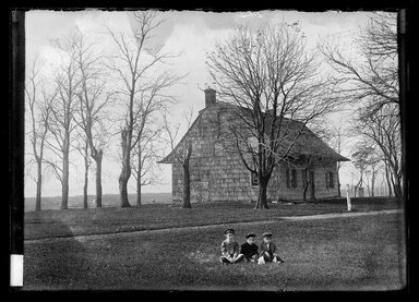 "Daniel Berry Austin (American, born 1863, active 1899-1909). J. Schenck's ""Canarsie House"", 1849, Looking South West, Canarsie Landing, 93 Street, Canarsie, Flatlands, April 1903. Gelatin silver glass dry plate negative Brooklyn Museum, Brooklyn Museum/Brooklyn Public Library, Brooklyn Collection, 1996.164.1-573"