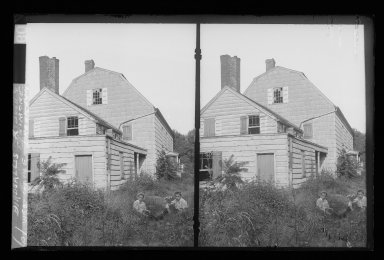 Daniel Berry Austin (American, born 1863, active 1899-1909). J. Birdsall House, West Gable, Road and Children, Flatbush opposite Fenimore Street, Flatbush, Brooklyn, ca. 1899-1909. Gelatin silver glass dry plate negative Brooklyn Museum, Brooklyn Museum/Brooklyn Public Library, Brooklyn Collection, 1996.164.1-61