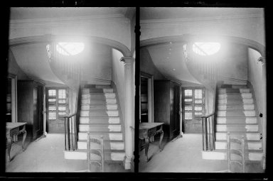 Daniel Berry Austin (American, born 1863, active 1899-1909). Captain Story-Martense House, Hallway and Stairs, Church Avenue and East 38th Street, Flatbush, Brooklyn, ca. 1899-1909. Gelatin silver glass dry plate negative Brooklyn Museum, Brooklyn Museum/Brooklyn Public Library, Brooklyn Collection, 1996.164.1-64