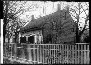 Daniel Berry Austin (American, born 1863, active 1899-1909). Isaac Schenck, Jamaica Avenue, Highland Park, Brooklyn, 1906. Gelatin silver glass dry plate negative Brooklyn Museum, Brooklyn Museum/Brooklyn Public Library, Brooklyn Collection, 1996.164.1-814