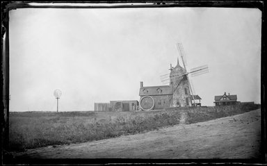 George Bradford Brainerd (American, 1845-1887). Good Ground Mill, Southampton, Long Island, ca. 1872-1887. Collodion silver glass wet plate negative Brooklyn Museum, Brooklyn Museum/Brooklyn Public Library, Brooklyn Collection, 1996.164.2-104