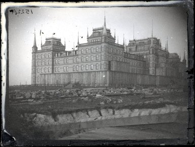 George Bradford Brainerd (American, 1845-1887). Oriental Hotel, Coney Island, March 4, 1877. Collodion silver glass wet plate negative, 3 1/4 x 4 1/4 in. (8.3 x 10.8 cm). Brooklyn Museum, Brooklyn Museum/Brooklyn Public Library, Brooklyn Collection, 1996.164.2-1522a