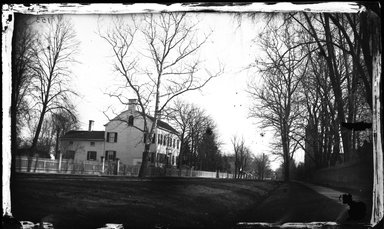 George Bradford Brainerd (American, 1845-1887). Martense House, Flatbush, Brooklyn, ca. 1872-1887. Collodion silver glass wet plate negative Brooklyn Museum, Brooklyn Museum/Brooklyn Public Library, Brooklyn Collection, 1996.164.2-153