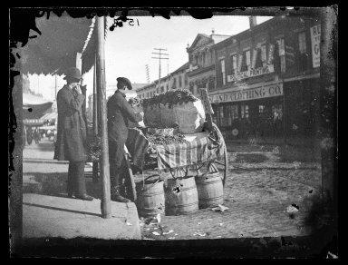 George Bradford Brainerd (American, 1845-1887). Grape Vendor, Brooklyn, ca. 1872-1887. Collodion silver glass wet plate negative Brooklyn Museum, Brooklyn Museum/Brooklyn Public Library, Brooklyn Collection, 1996.164.2-1598