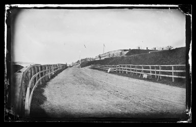 George Bradford Brainerd (American, 1845-1887). Fort Hamilton, Bay Ridge, Brooklyn, 1877. Collodion silver glass wet plate negative Brooklyn Museum, Brooklyn Museum/Brooklyn Public Library, Brooklyn Collection, 1996.164.2-175
