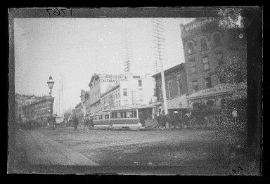 George Bradford Brainerd (American, 1845-1887). Washington Street, Brooklyn, ca. 1872-1887. Collodion silver glass wet plate negative Brooklyn Museum, Brooklyn Museum/Brooklyn Public Library, Brooklyn Collection, 1996.164.2-1767