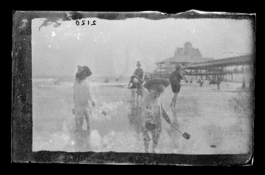 George Bradford Brainerd (American, 1845-1887). Bather, Coney Island, Brooklyn, ca. 1885. Dry negative plate Brooklyn Museum, Brooklyn Museum/Brooklyn Public Library, Brooklyn Collection, 1996.164.2-2120