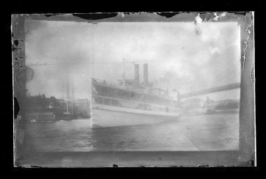 George Bradford Brainerd (American, 1845-1887). Big Steamboat Fulton Ferry, Brooklyn, New York, ca. 1885. Dry negative plate Brooklyn Museum, Brooklyn Museum/Brooklyn Public Library, Brooklyn Collection, 1996.164.2-2199