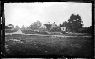 George Bradford Brainerd (American, 1845-1887). Lake Avenue, Southampton, Long Island, ca. 1872-1887. Collodion silver glass wet plate negative Brooklyn Museum, Brooklyn Museum/Brooklyn Public Library, Brooklyn Collection, 1996.164.2-449