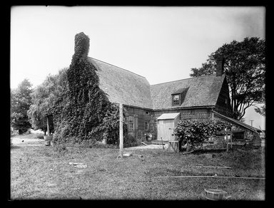 Dr. George S. Ogden. Schenck House, Rear, Showing Later Additions, August 2, 1914. Gelatin silver glass dry plate negative Brooklyn Museum, Brooklyn Museum/Brooklyn Public Library, Brooklyn Collection, 1996.164.6-58