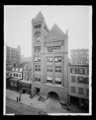 Irving Underhill (American, 1872-1960). Fire Headquarters, Jay Street, Brooklyn, ca. 1896-1950. Gelatin silver glass dry plate negative Brooklyn Museum, Brooklyn Museum/Brooklyn Public Library, Brooklyn Collection, 1996.164.8-B16617. © Estate of Irving Underhill