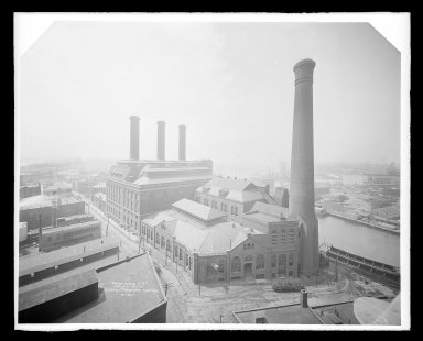 Irving Underhill (American, 1872-1960). Power House Brooklyn Rapid Transit, Kent Avenue, Brooklyn, ca. 1896-1950. Gelatin silver glass dry plate negative Brooklyn Museum, Brooklyn Museum/Brooklyn Public Library, Brooklyn Collection, 1996.164.8-B16621. © Estate of Irving Underhill