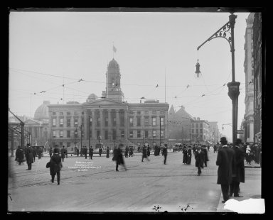 Irving Underhill (American, 1872-1960). Borough Hall, Brooklyn, ca. 1896-1950. Gelatin silver glass dry plate negative Brooklyn Museum, Brooklyn Museum/Brooklyn Public Library, Brooklyn Collection, 1996.164.8-B19841. © Estate of Irving Underhill