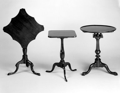 Stand, ca. 1780-1800. Cherry, 26 1/4 x 20 x 19 1/2in. (66.7 x 50.8 x 49.5cm). Brooklyn Museum, Matthew Scott Sloan Collection, Gift of Lidie Lane Sloan McBurney, 1997.150.18. Creative Commons-BY