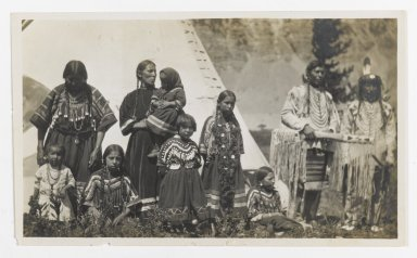 Unknown. [Untitled] (Family Group of Two Men, Two Women, and Five Girls), ca. 1900. Gelatin silver photograph, 5 1/4 x 3 1/8 in. (13.3 x 8.0 cm). Brooklyn Museum, Gift of Sasha Nyary and Family, 1997.163.10