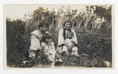 American. [Untitled] (Two Women with Children Sitting in a Field), ca. 1900. Gelatin silver photograph, 5 1/4 x 3 1/8 in. (13.3 x 8.0 cm). Brooklyn Museum, Gift of Sasha Nyary and Family, 1997.163.4