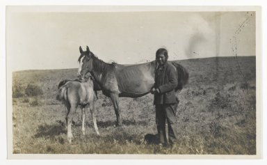 American. [Untitled] (Man Standing by a Mare and Two Foals), ca. 1900. Gelatin silver photograph, 5 1/4 x 3 1/8 in. (13.3 x 8.0 cm). Brooklyn Museum, Gift of Sasha Nyary and Family, 1997.163.6