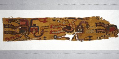 Paracas. Fragment of Mantle or Poncho, 100 B.C.E.-200 C.E. Camelid fibers, 4 5/8 x 22 1/2 in. (11.7 x 57.2 cm). Brooklyn Museum, Gift of Morris de Camp Crawford, Jr., 1997.56.2. Creative Commons-BY