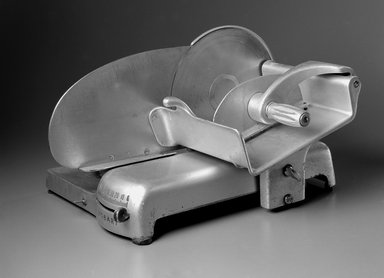 Egmont Arens (American, 1887-1966). Meat Slicer, ca. 1935. Steel, 12 1/2 x 17 x 20 1/2 in. (31.8 x 43.2 x 52.1 cm). Brooklyn Museum, Gift of Eva, Alan, and Louis Brill, 1998.143.3a-b. Creative Commons-BY