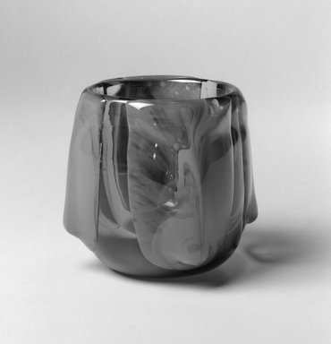 Dominick Labino (American, 1910-1987). Vase, 1975. Glass, 4 3/8 x 4 x 4 in. (11.1 x 10.2 x 10.2 cm). Brooklyn Museum, Gift of Emma and Jay Lewis, 1998.147.7. Creative Commons-BY