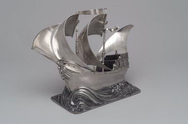 George W. Shiebler & Co.. Yachting Trophy, ca. 1904. Silver, 6 x 9 1/2 x 5 1/16 in. (15.3 x 24.1 x 12.8cm). Brooklyn Museum, Purchased with funds given by the Charles and Mildred Schnurmacher Foundation, Inc., 1998.91. Creative Commons-BY
