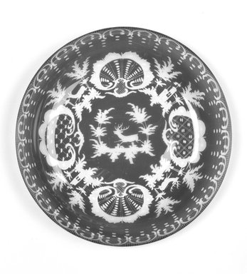 Dish, ca. 19th century. Glass, 1 x 9 x 9 in.  (2.4 x 12.9 x 12.9 cm). Brooklyn Museum, Gift of Hattie Forgang, 1998.92.3. Creative Commons-BY