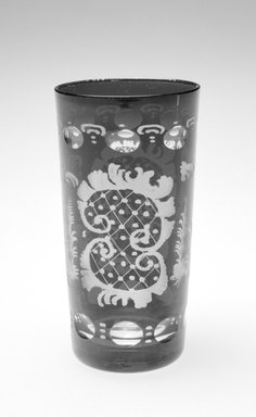 Tumbler, ca. 19th century. Glass, 5 3/8 x 3 x 3 in. (13.7 x 7.6 x 7.6 cm). Brooklyn Museum, Gift of Hattie Forgang, 1998.92.5. Creative Commons-BY