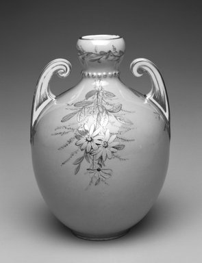 Royal Crown Derby Porcelain Co. (founded 1750). Vase, ca. 1885. Porcelain, 5 3/4 x 8 3/4 x 3 1/4 in.  (14.6 x 22.2 x 8.3 cm). Brooklyn Museum, Gift of Allen and Sydell Glass in memory of Nathaniel Roven and Hyman Roven, 1998.93.12. Creative Commons-BY