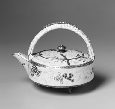 Worcester Royal Porcelain Co. (founded 1751). Teapot and Lid, ca. 1879. Porcelain, 6 1/4 x 8 x 5 7/8 in.  (15.9 x 20.3 x 15.0 cm). Brooklyn Museum, Gift of Allen and Sydell Glass in memory of Irving Rubenstein and Blanche Roven, 1998.93.1a-b. Creative Commons-BY