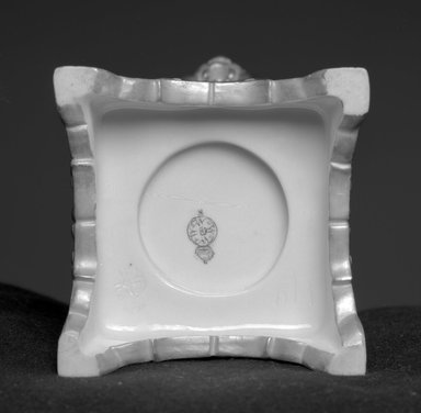 Worcester Royal Porcelain Co. (founded 1751). Vase, shape 190, 1878. Porcelain, 11 1/2 x 5 1/4 x 4 in. (29.2 x 13.3 x 10.2 cm). Brooklyn Museum, Gift of the Estate of Harold S. Keller, 1999.152.133. Creative Commons-BY