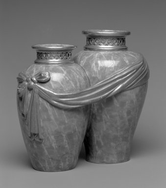 Brooklyn Museum: Vase, shape 226