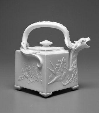 Worcester Royal Porcelain Co. (founded 1751). Teapot, shape 254, 1912. Porcelain, 7 1/2 x 8 1/2 x 7 1/4 in. (19.1 x 21.6 x 18.4 cm). Brooklyn Museum, Gift of the Estate of Harold S. Keller, 1999.152.147a-b. Creative Commons-BY