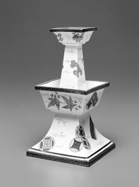 Worcester Royal Porcelain Co. (founded 1751). Vase, 1873. Porcelain, 7 1/8 x 4 x 4 in. (18.1 x 10.2 x 10.2 cm). Brooklyn Museum, Gift of the Estate of Harold S. Keller, 1999.152.238. Creative Commons-BY