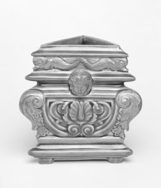 Worcester Royal Porcelain Co. (founded 1751). Vase, ca. 1880. Porcelain, 4 1/2 x 3 x 3 in. Brooklyn Museum, Gift of the Estate of Harold S. Keller, 1999.152.68. Creative Commons-BY