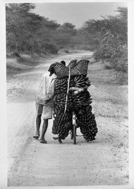Ardian Gill (American, born 1929). [Untitled] (Uganda), 1994. Gelatin silver photograph, 19 7/8 x 15 7/8 in.  (50.5 x 40.3 cm). Brooklyn Museum, Gift of Ardian Gill, 1999.66.1. © Ardian Gill