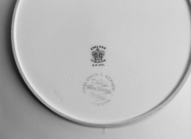 Coalport (ca. 1796-present). Plate, ca. 1891. Porcelain, 1 1/4 x 9 1/4 x 9 1/4 in.  (3.2 x 23.5 x 23.5 cm). Brooklyn Museum, Gift of Rosemarie Haag Bletter and Martin Filler, 1999.74.9. Creative Commons-BY