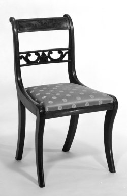 American. Chair, ca. 1820. Mahogany, modern upholstery, 32 1/2 x 18 1/4 x 15 1/4 in.  (82.6 x 46.4 x 38.7 cm). Brooklyn Museum, Gift of Adrian and Henry B. Van Sinderen, 20.910.10. Creative Commons-BY