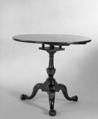 American. Tilt-Top Tea Table, 1755-1785. Mahogany (no secondary wood apparent), 27 1/4 x 31 1/4 in. (69.2 x 79.4 cm). Brooklyn Museum, Bequest of Samuel E. Haslett, 20.943. Creative Commons-BY