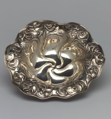 William B. Kerr & Company (1855-1906?). Bon Bon Dish, ca. 1910. Silver, 1 1/4 x 6 x 6 in.  (3.2 x 15.2 x 15.2 cm). Brooklyn Museum, Gift in memory of Harry and Marian R. Lipton presented on behalf of their great-grandchildren, Elissa H. Samet, Brandon R. Derringer, Jeremy A. Derringer, and Justin M. Derringer, 2000.6.6. Creative Commons-BY