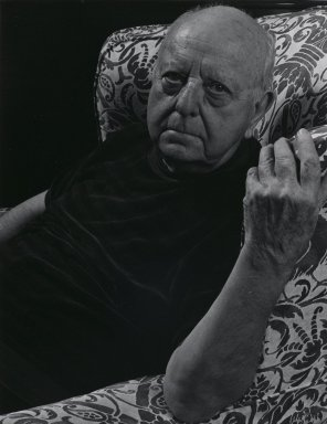 Arthur Mones (American, 1919-1998). Virgil Thomson, 1981. Gelatin silver photograph, image:  13 1/2 x 10 1/2 in.  (34.3 x 26.7 cm);. Brooklyn Museum, Gift of Wayne and Stephanie Mones at the request of their father, Arthur Mones, 2000.89.13. © Estate of Arthur Mones