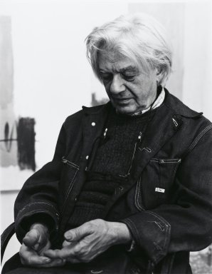 Arthur Mones (American, 1919-1998). Georgio Cavallon, 1980. Gelatin silver photograph, image:  13 1/2 x 10 1/2 in.  (34.3 x 26.7 cm;. Brooklyn Museum, Gift of Wayne and Stephanie Mones at the request of their father, Arthur Mones, 2000.89.33. © Estate of Arthur Mones