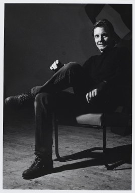 Arthur Mones (American, 1919-1998). Mel Kendrick, 1989. Gelatin silver photograph, image:  13 1/2 x 10 1/2 in.  (34.3 x 26.7 cm);. Brooklyn Museum, Gift of Wayne and Stephanie Mones at the request of their father, Arthur Mones, 2000.89.44. © Estate of Arthur Mones