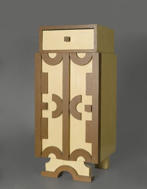 Pavel Janak (1882-1956). Czech Rondo-Cubist Bedside Table, ca. 1920. Wood, pigment, 31 x 14 x 13 1/16 in. (78.7 x 35.6 x 33.2 cm). Brooklyn Museum, Gift of Martin-Georg Weber, Federal Republic of Germany, 2001.39.2. Creative Commons-BY