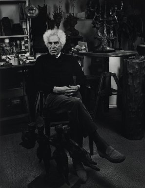 Arthur Mones (American, 1919-1998). Chaim Gross. Gelatin silver photograph, 13 1/2 x 10 7/16 in. Brooklyn Museum, Gift of Wayne and Stephanie Mones at the request of their father, Arthur Mones, 2001.76.1. © Estate of Arthur Mones