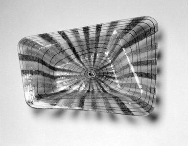 Michael Higgins (American, born England, 1908-1999). Bowl, ca. 1955. Glass, 1 1/2 x 12 3/4 x 10 in. (3.8 x 32.4 x 25.4 cm). Brooklyn Museum, H. Randolph Lever Fund, 2002.104.3. Creative Commons-BY