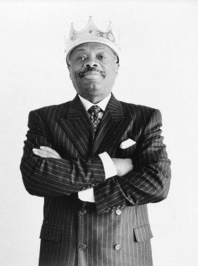 Susan C. Ragan (American, born 1947). Willie Brown with Crown. Chromogenic photograph, 14 x 10 15/16 in.  (35.6 x 27.8 cm). Brooklyn Museum, Gift of the artist, 2002.115. Creative Commons-BY