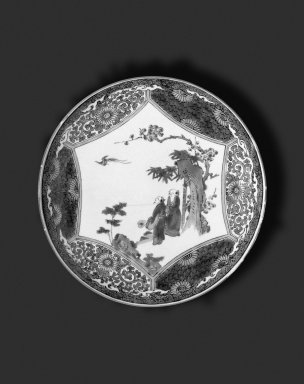Circular Plate, 19th-20th century. White porcelain with overglaze enamel decoration, 1 5/8 x 9 7/16 in. (4.1 x 24 cm). Brooklyn Museum, Gift of Mr. and Mrs. Seth S. Faison, 2002.118.1. Creative Commons-BY